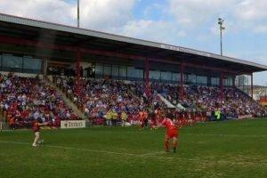 Dewsbury sign Super League forward