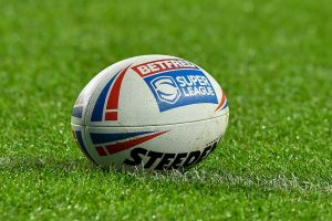 Super League star out for six months