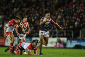 Sydney Roosters tie down star youngsters