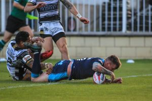 Watch: Featherstone vs Hull FC – FIVE cards in 15 minutes!!