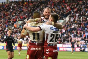 Wigan star signs new contract