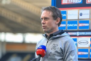 Hodgson blasts his side following Wakefield thrashing and 'sympathises' with fans