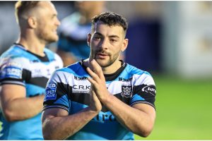 Sin-bin offence missed, fans demand star stays and Tigers sweat over McShane - How social media reacted to Hull's win over Castleford